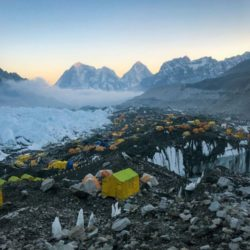 everest-basecamp-life-er-camp